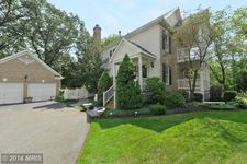 6509 Summerton Way, Springfield, VA 22150