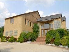 6421 Golden Ln, West Bloomfield Township, MI 48322