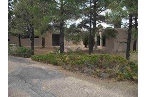 1214 Calle Luna, Santa Fe, NM 87501