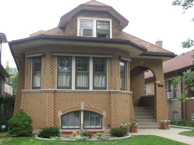 1846 n new england ave chicago il 60707 home for sale for Modern homes for sale chicago