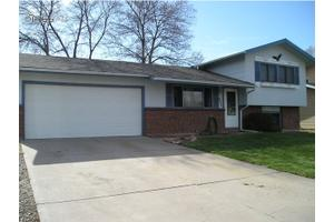 737 Gallup Rd, Fort Collins, CO 80521