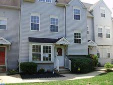594 Penn St, Pennsburg, PA 18073