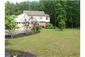 3 Lavenham Ct, Tabernacle, NJ 08088