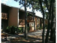 2480 Cypress Pond Rd Apt 912, Palm Harbor, FL 34683