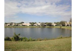 8762 Stockbridge Dr, Fort Myers, FL 33908