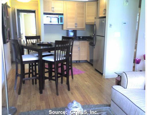 184 Pequot Ave Unit 106, New London, CT 06320