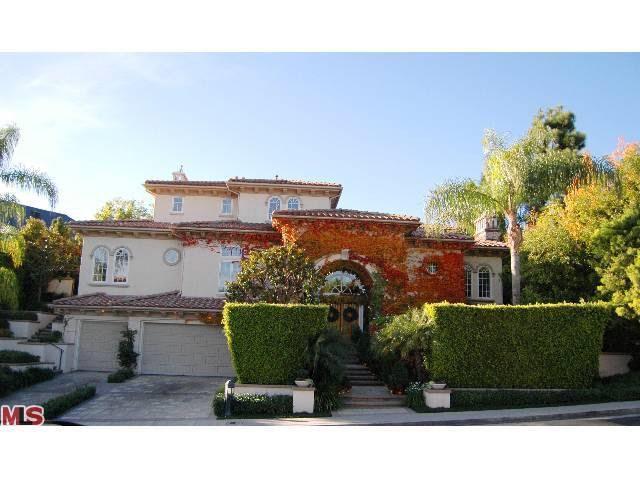 13977 Aubrey Rd, Beverly Hills, CA