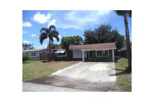 2320 NW 69th Ter, Hollywood, FL 33024