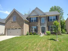 817 Urton Woods Way, Middletown, KY 40243