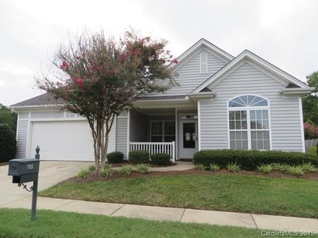 705 Rose Bud Cir Pineville, NC 28134