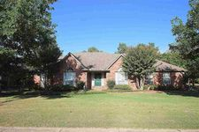 5109 Jeffrey Keith Dr, Bartlett, TN 38002