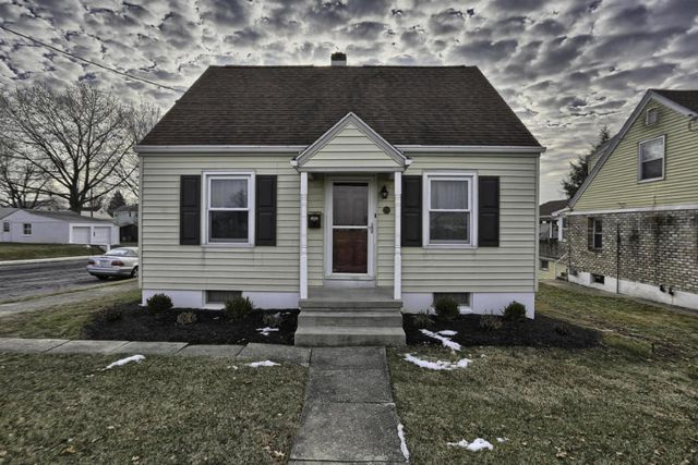 700 w maple st palmyra pa 17078 home for sale and real