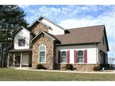 65540 Slaughter Hill Rd, Cambridge, OH 43725