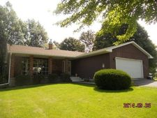 485 S Hall St, Roseville, IL 61473