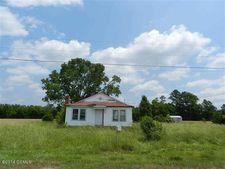 363 Cavanaughtown Rd, Richlands, NC 28574