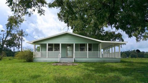 Photo of 5560 150th Pl, Wellborn, FL 32094