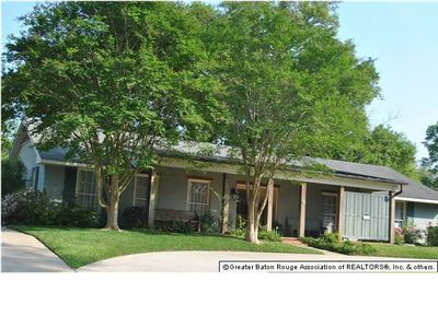 1260 Belvedere Dr, Baton Rouge, LA