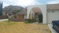 28961 Flowerpark Dr, Canyon Country, CA 91387