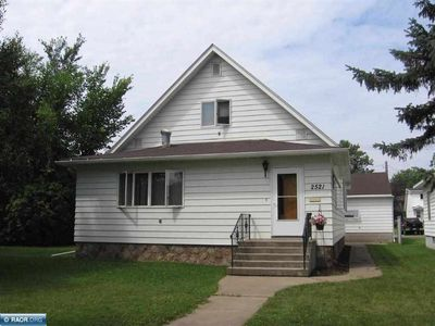 2521 7th Ave E, Hibbing, MN