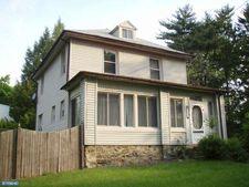 7526 New Second St, Elkins Park, PA 19027