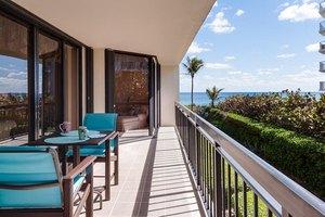 3140 S Ocean Blvd Apt 202s, Palm Beach, FL 33480