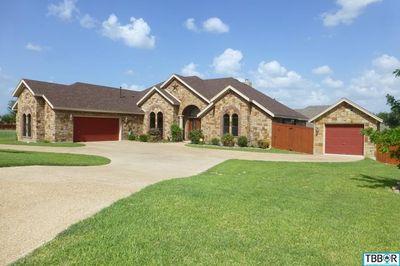4013 Lazy Brook Dr, Nolanville, TX 76559