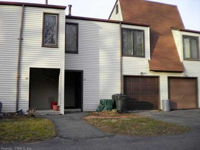 211 High Top Cir W # 29B, Hamden, CT