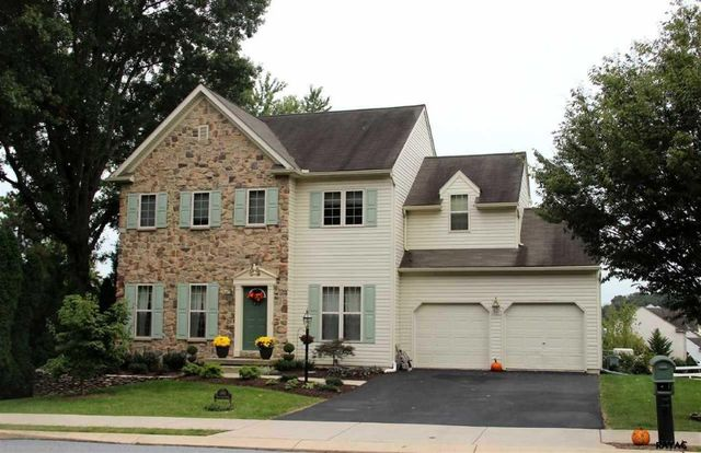 100 woodland dr jacobus pa 17407 home for sale and real estate listing