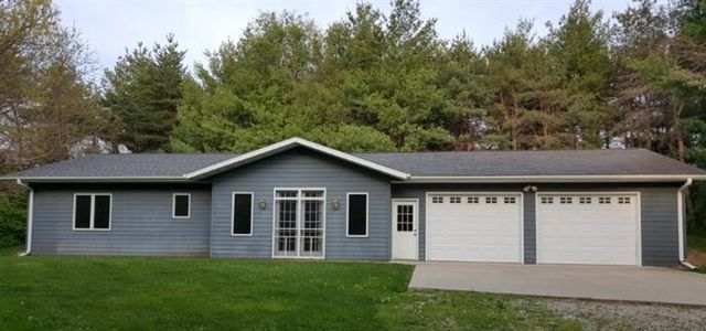 383 223rd pl pella ia 50219 home for sale and real estate listing