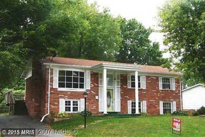 13648 Greenwood Dr, Woodbridge, VA 22193