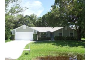 452 Erma Ct NE, Palm Bay, FL 32907