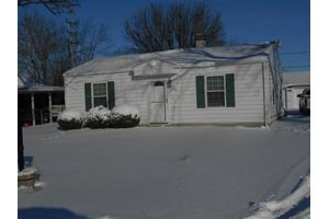 2106 E 19th St, Muncie, IN 47302