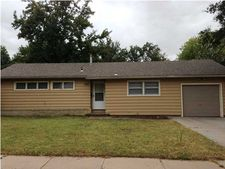 2033 W Columbine Ln, Wichita, KS 67204