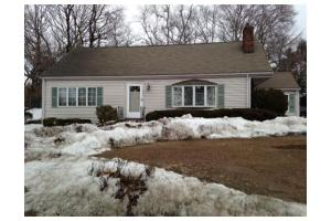 495 William St, Stoneham, MA 02180