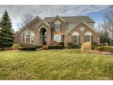 17351 Oak Hill Ct, Northville Township, MI 48168