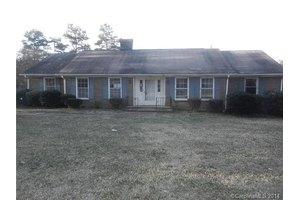 419 Willow Rd, Salisbury, NC 28147