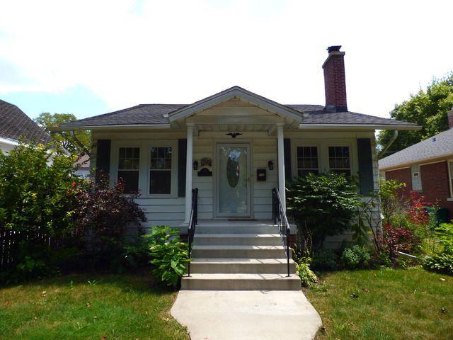 home for rent 514 n prairie ave joliet il 60435. Black Bedroom Furniture Sets. Home Design Ideas