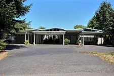 2818 Ne 8th St # B, Renton, WA 98059