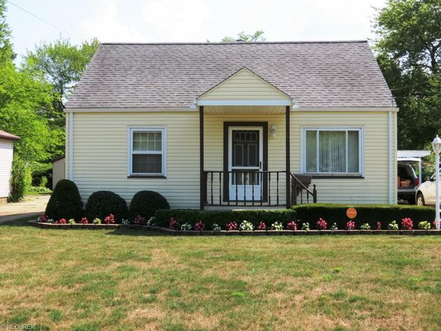2255 northwest blvd nw warren oh 44485 home for sale for Home builders northwest ohio