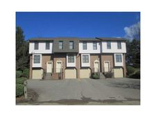 100 Ableview Dr Apt 1, Center Township But, PA 16001