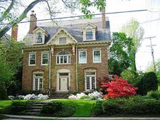 5600 Northumberland St, Squirrel Hill, PA 15217