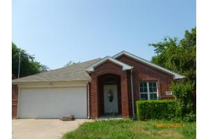 1826 NW Dallas St, Grand Prairie, TX 75050