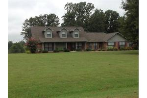 4175 Friendship Rd, Pontotoc, MS 38863