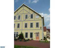 105 Lautenburg Blvd, Reinholds, PA 17569