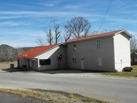 3141 Hardwicks Creek Rd, Clay City, KY 40312
