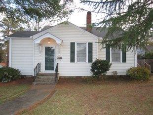 230 Laurel Ave E Greenwood Sc 29649 Public Property