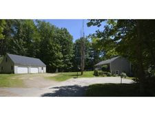 41 Woodhaven Dr, Barrington, NH 03825