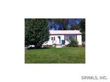 5 Lakewood Pl, East Saint Louis, IL 62207