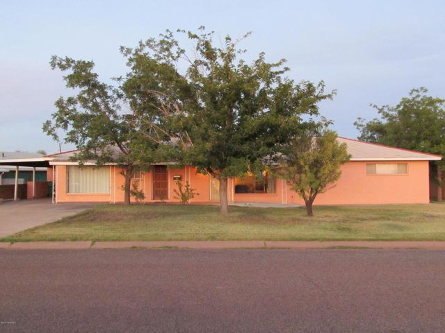 1000 n parker ave winslow az 86047 home for sale and real estate listing