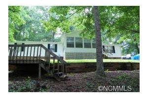 70 Peaceful Valley Ln, Flat Rock, NC 28731